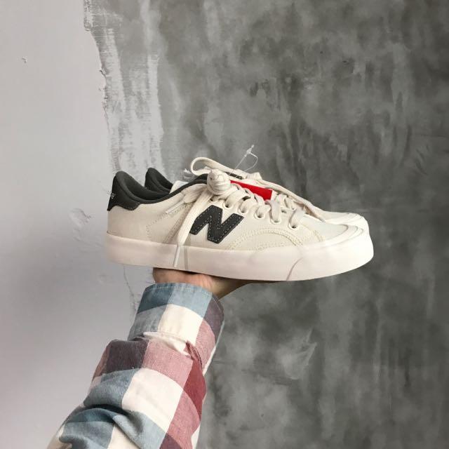 (全新瑕疵)23.5cm New balance 帆布鞋
