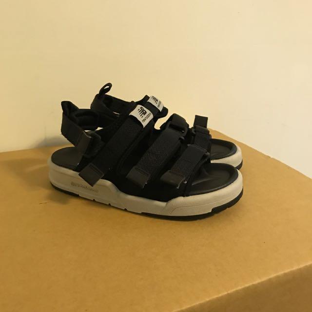(二手)23cm New balance 涼鞋