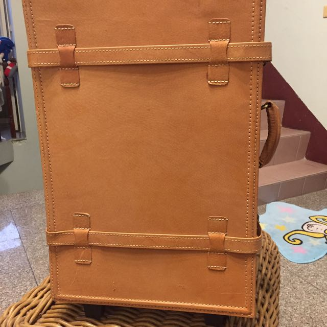 真皮復古行李箱