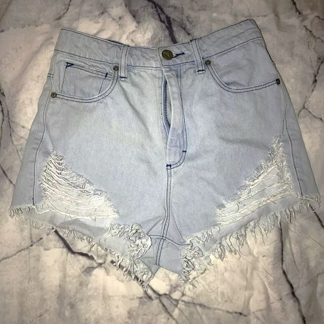 Abrand High Waisted Shorts