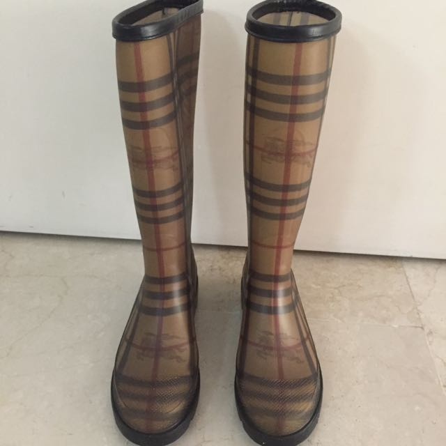 Authentic Burberry Gumboots