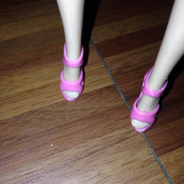 Barbie Pink Shoes Class A
