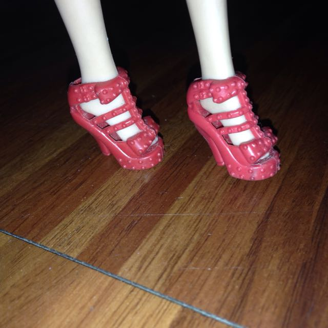 Barbie Red Shoes Class A
