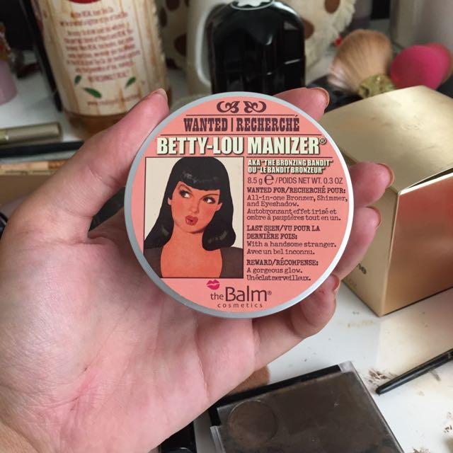 Betty-Lou Manizer