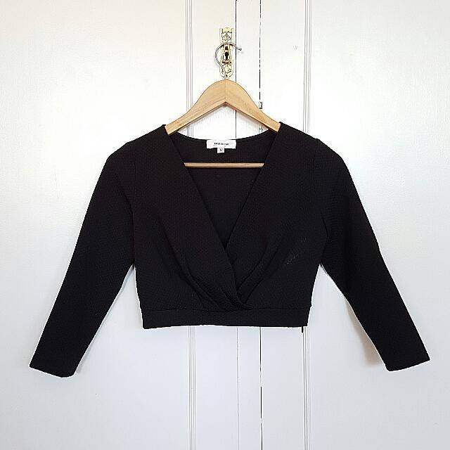 Black Long Sleeve Crop