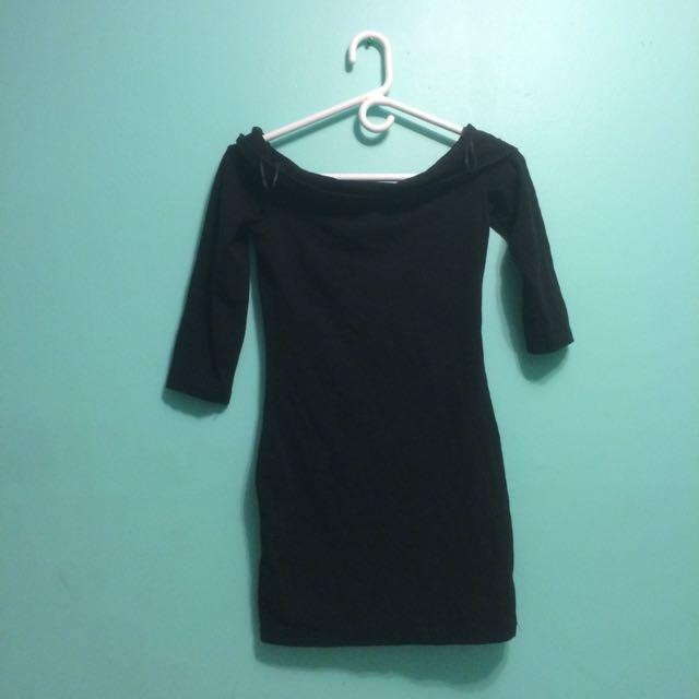 Black Plain Off The Shoulder Dress H&m Size 4