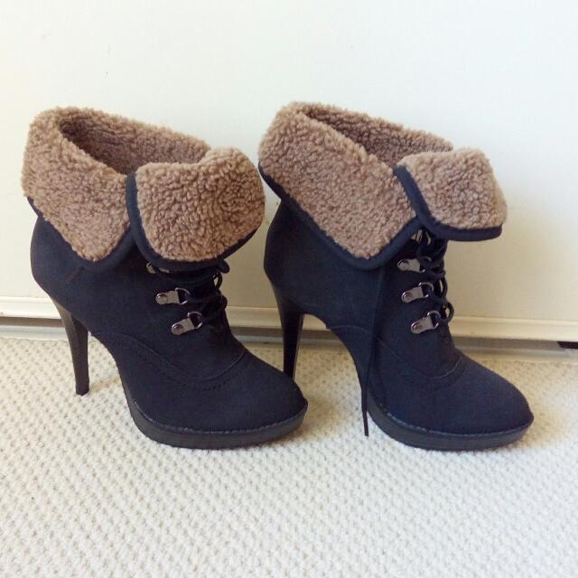 Brand New Heels Size 5