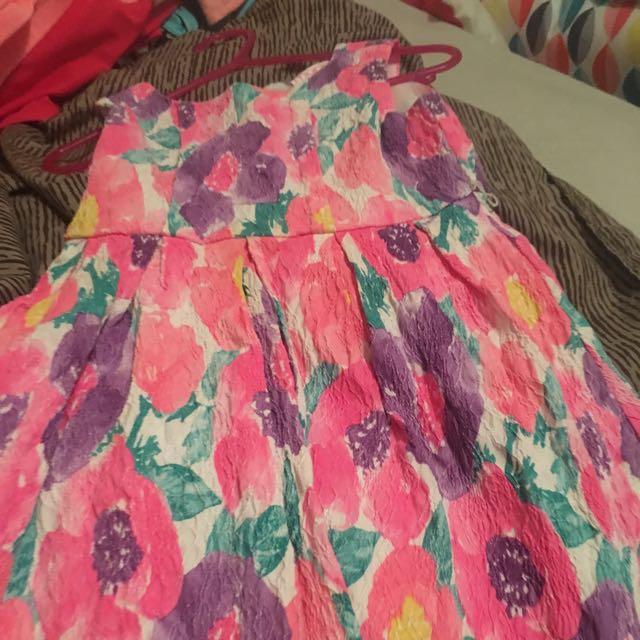 colour dress