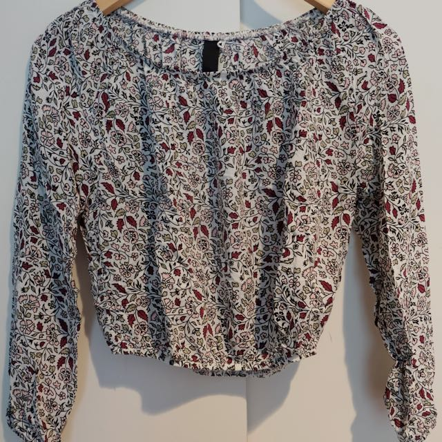 Floral Off-shoulder Factorie Top