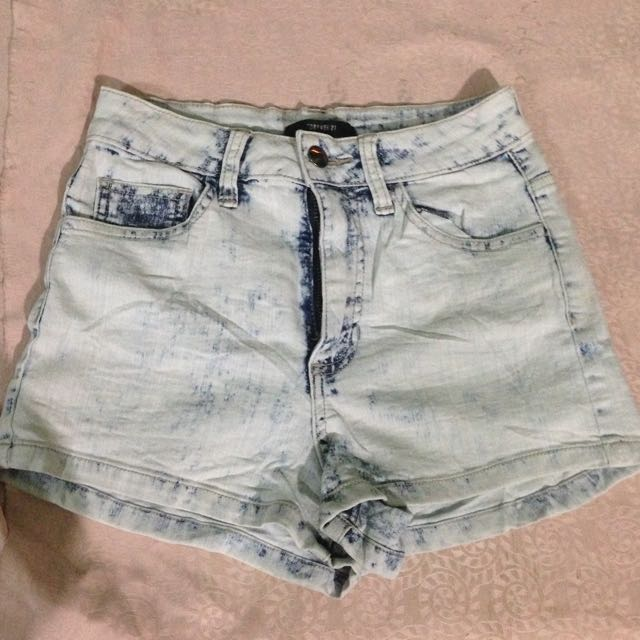 Forever21 High waisted acidwash Shorts