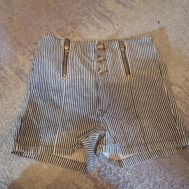 Guess Pinstripe High Waist Denim Shorts Size 8 - 10