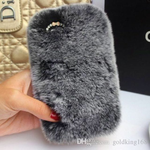 iPhone 6s Grey Fur Case