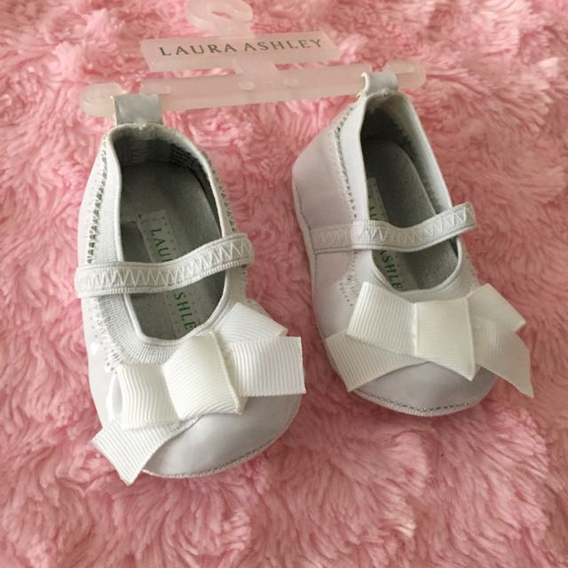Laura Ashley White Newborn Shoes