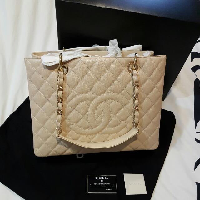 d4f368bc683b Like New Authentic Chanel Caviar GST❤Full Set❤