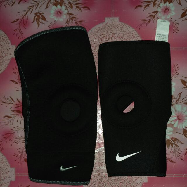 Nike Open Patella Knee Sleave(380each)