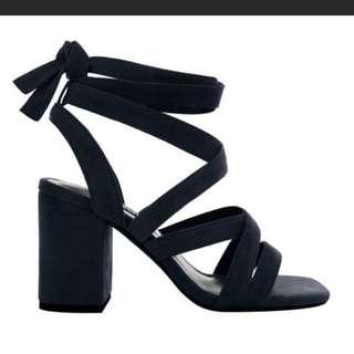 Senso Ralphie Navy Heels