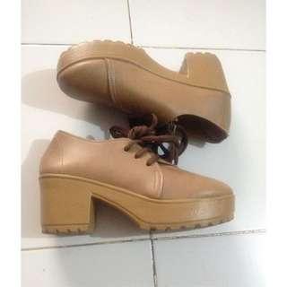 Boots Coklat