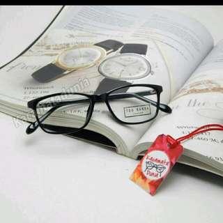 Kacamata Tedbaker