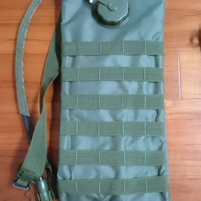 軍用後背水壺袋(全新)
