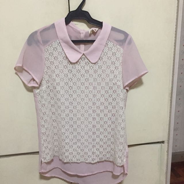 Bench Medium Light Pink Lace Top