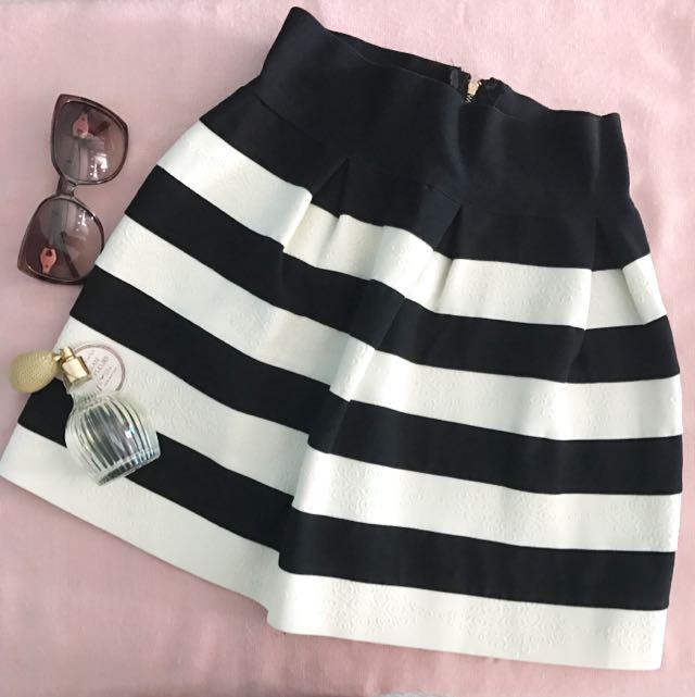 BW Skirt