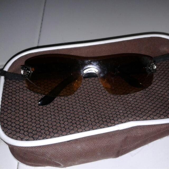 Kacamata Coklt