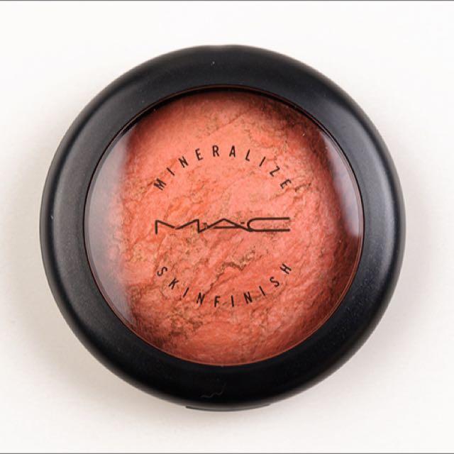 MAC Stereo Rose Mineralize Skin Finish