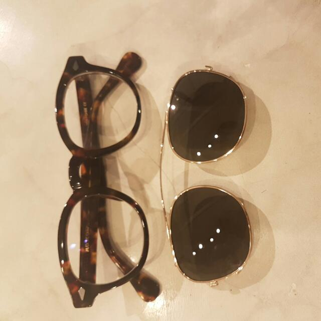 551bb4db9a moscot lemtosh clip-on shades on Carousell