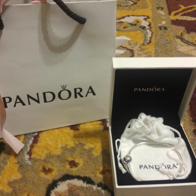 New Authentic Pandora Bracelet