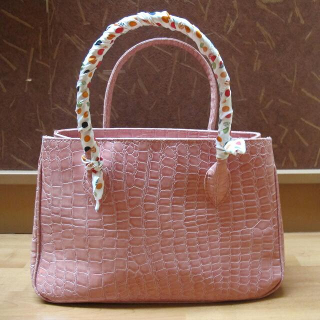 High Quality Pink Handbag With Scarf