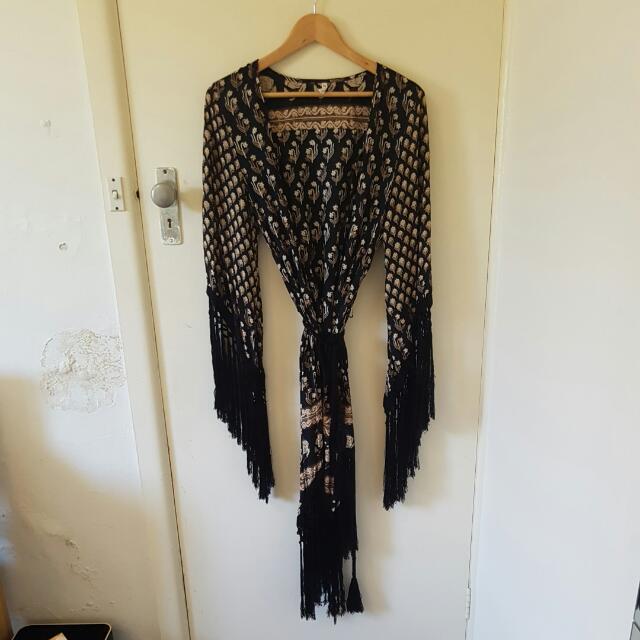 Spell And Gypsy Kimono Size Small