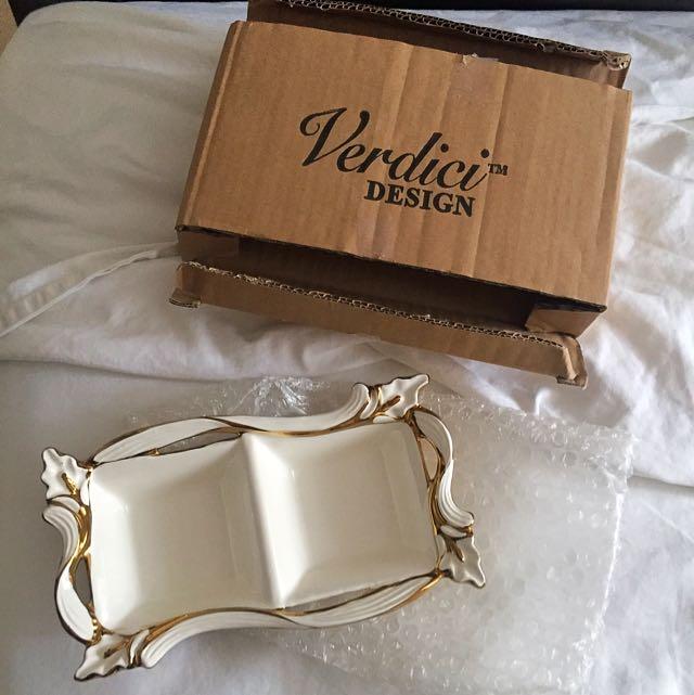 Verdici Design Two dish white & gold
