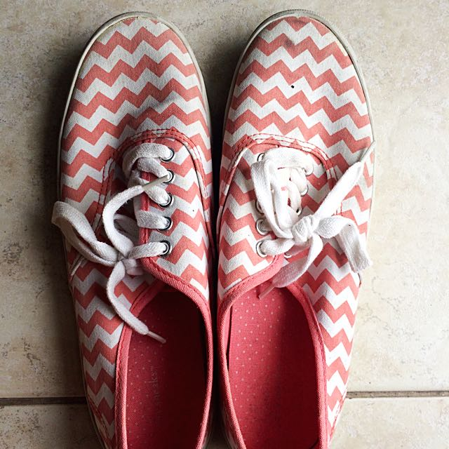 White Shoes With Red Zig Zag Pattern