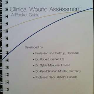 Clinical Wound Assessment Pocket Book For Nurses/Nursing Students