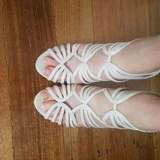 Forever New Caged Heels Size 40/9 Nude/pink