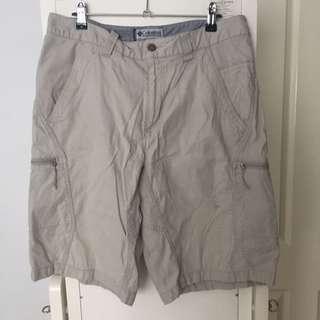 Columbia Shorts - Size 34
