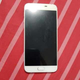 Samsung Galaxy A8-32GB White