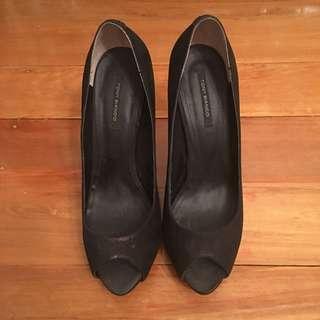 Tony Bianco Peep Toe Pumps - Black - Size 9