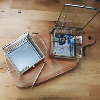 <PO> BN Vintage-esque brass square glass case (small) / Glass jewellery box