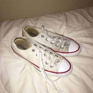 Size 6 Converse All Stars