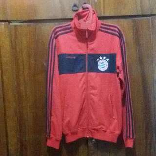 Jaket Adidas Bayern Munchen