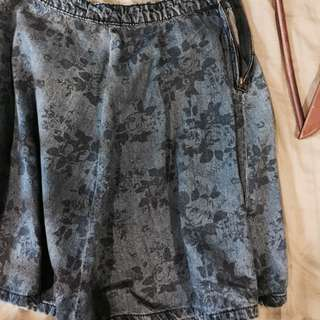 Authentic Garage Skirt