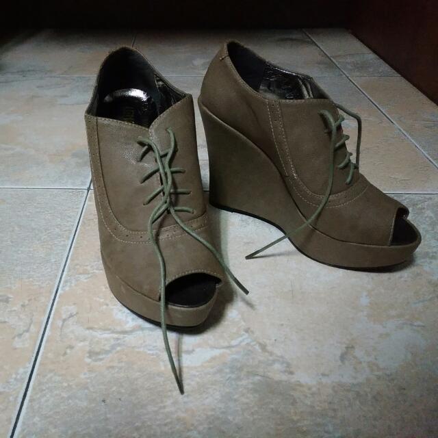 全新楔型鞋 23號 (36)