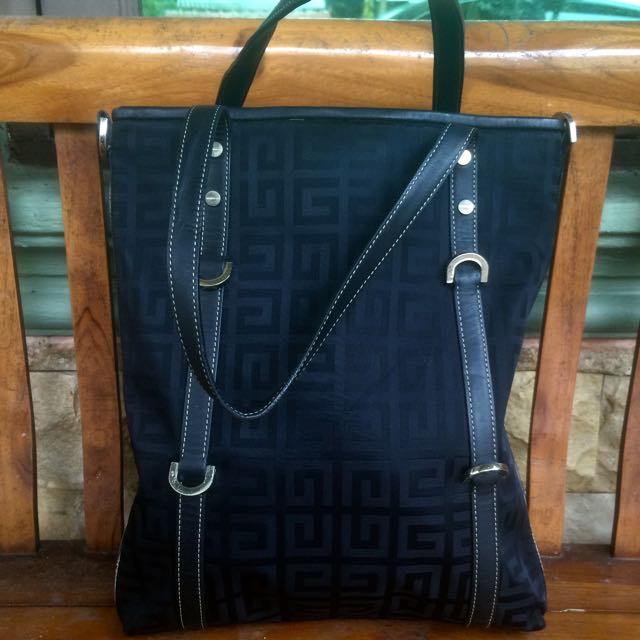 Authentic Givenchy tote bag caa0f4db11eea