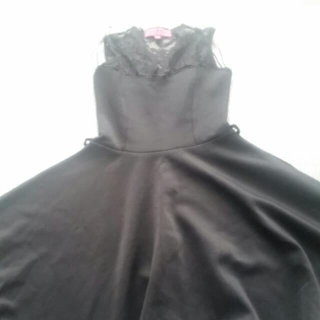 Black Lace Detail Formal Dress