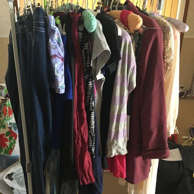 BULK CLOTHES SIZE M/12
