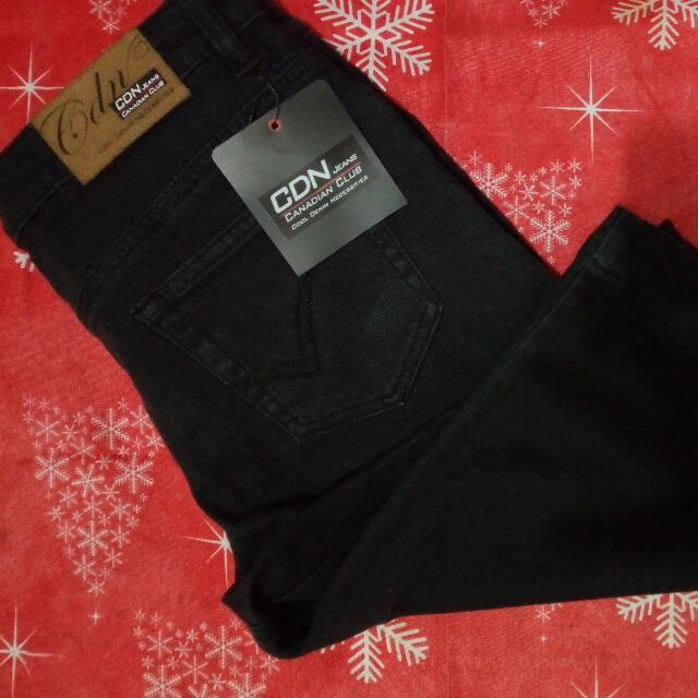 Canadian Club Women's Short/Jeans