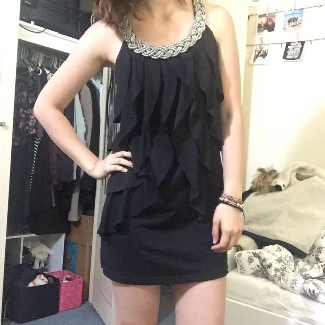 Elegant Classy Black Dress
