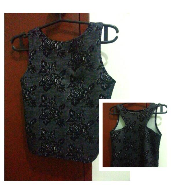 Floral Black Crop Top(small)