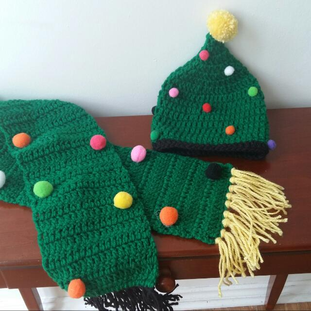 Hand Made Christmas Tree Beanie And Scarf Set